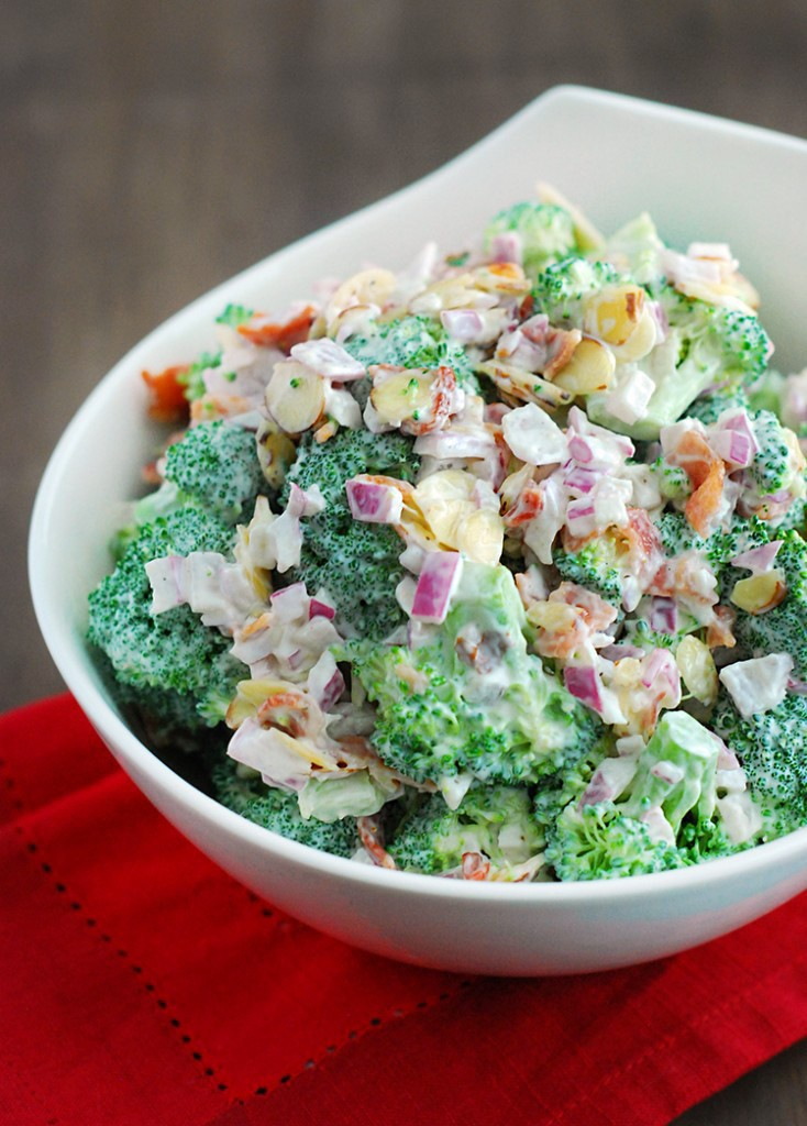 Low Carb Broccoli Salad | www.4hourbodygirl.com