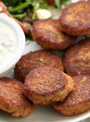 EASY & TASTY, HIGH PROTEIN VEGGIE NUGGETS| www.4hourbodygirl.com