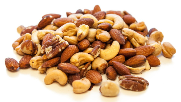 5-nuts-that-can-revolutionize-your-diet-header-v2-830x467